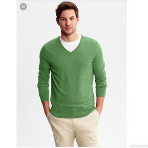 Men's Banana Rep Luxury V Neck Sweater Sm